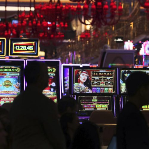 What The Experts Aren't Saying About Online Gambling